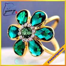 Green glass rhinestone new design ladies finger ring