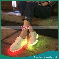 LOW MOQ OEM Customize Women Men Luminous LED Light Shoes , Adult LED Light UP Shoes