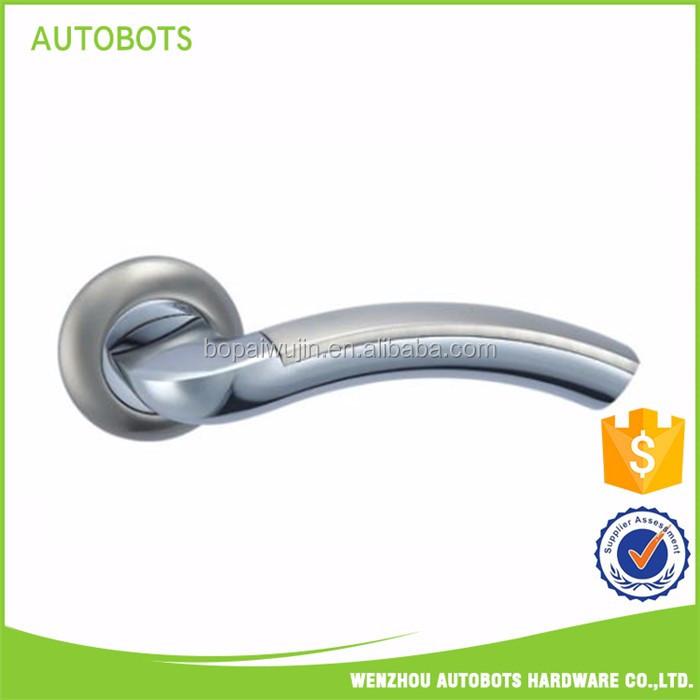 Nouveau classique en alliage de zinc poignée de porte avec serrure