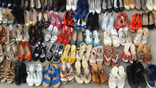 Best quality cheapest fashion style friperie second hand used shoes,bags,cloth,clothes,clothing,used shoes