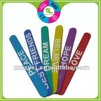steel spring silicone slap on bands/slap wristband bracelet