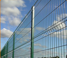 cheap mesh security fence panels/pvc crowd control barrier/heavy mesh panels wire fencing