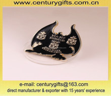 Animal metal lapel pin, button badge,soft enamel filling, gold plated, customized designs are accepted