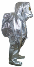 Aluminized fire approach proximity heat resistant fire fighting suit