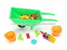 Plástico niños carretilla, nuevo diseño de juguetes para la arena, feliz exterior conjunto de juguete