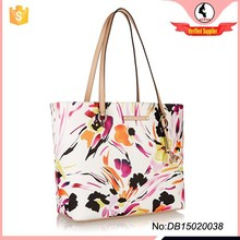 Top quality trendy floral print lady handbag with leather handle