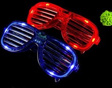 plastic red blue led Cute Shutters Shape LED Flash Glasses For Dances / Party Supplies Decoration