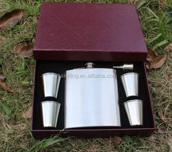 Metal wine hip flask Vodka Flask gift set golf gift wedding gift 180z with 1 funnel and 4 glass shot Klean clean drinkware