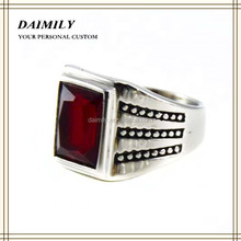 Vintage style Guangzhou fashion silver color stainless steel rings with red stone rings for men online supply