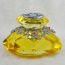 new coming golden color diamond fashion crystal perfume bottle car decoration