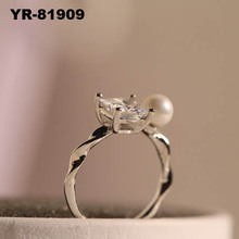 New Jewelry 18K Gold Plated Unique Korean style cube Crystal Pearl artificial new design Finger Ring for girls