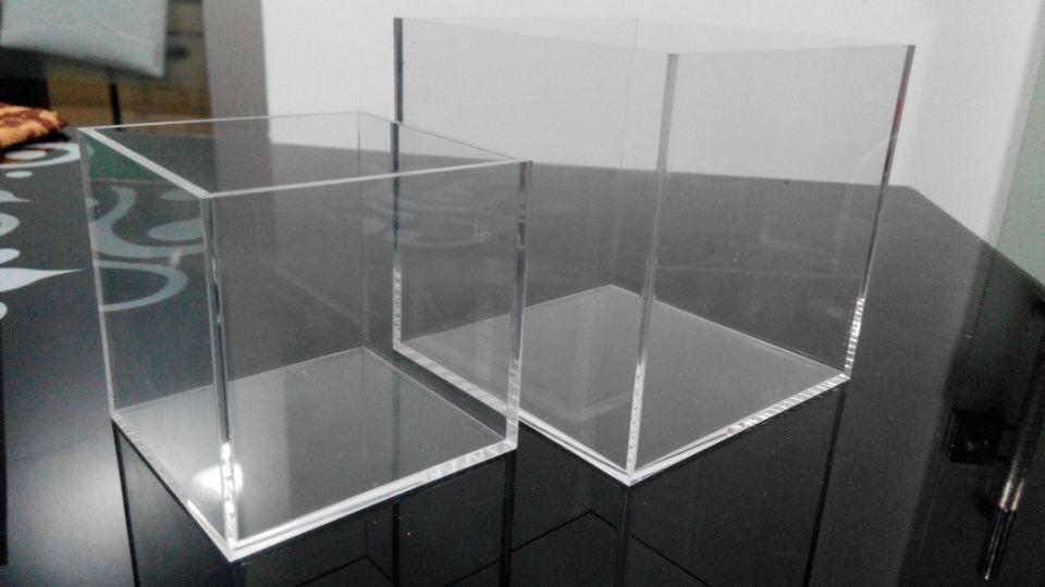 acrylic box 4.jpg