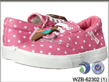 Popular colorful girls' cheap canvas shoes in classic vulcanized style with various sizes