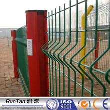 High quality 3D welded wire mesh fence/welded wire fence panels (20 years factory)