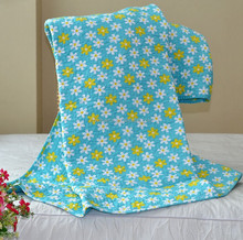 Luxury cotton hotel or hospital printed quilt/duvet/down comforter in china