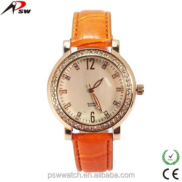Aliexpress hot selling love diamond leather strap vintage women bracelet watch