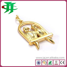 Most popular customized fashion jewelry gold plating pendant for best friend