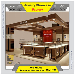 2015 Edgy Jewelry display showcase fashionable instore design in shopping center