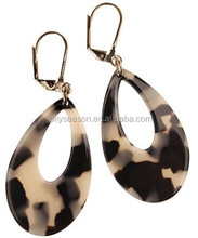 Fancy New York trendsetter CUTOUT TEAR DROP EARRINGS Big beautiful drop earrings custom jewelry