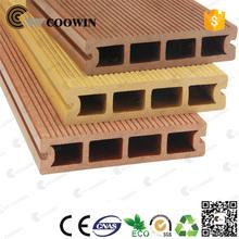 Balcón compuesto maderas para terrazas