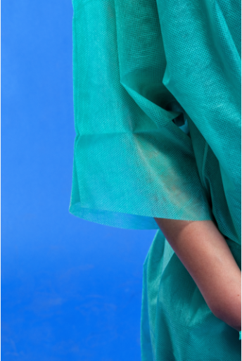 patient gown with short sleeve