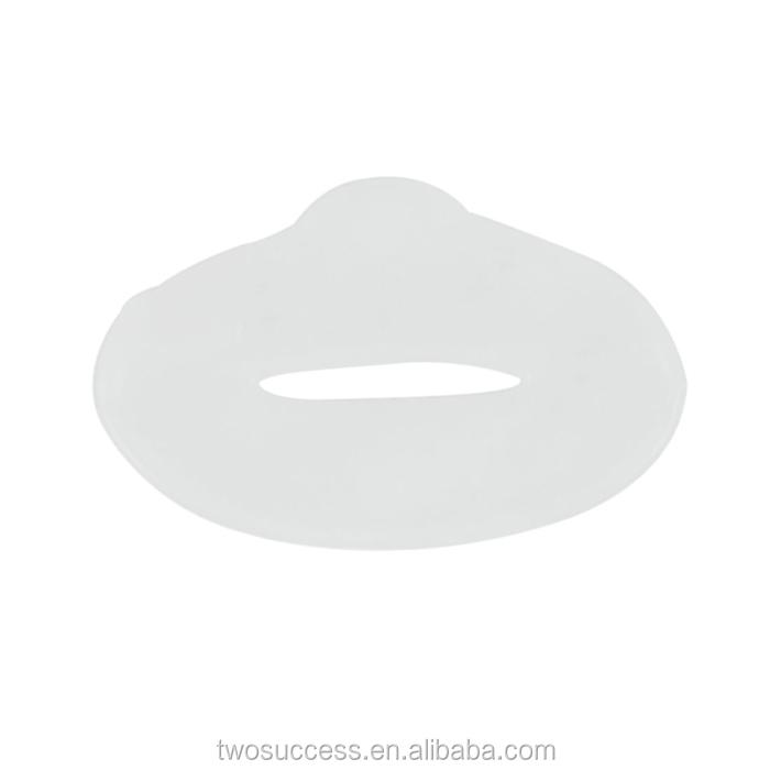 Round black mud and round red wine lip mask (2).jpg
