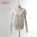 2014 nueva llegada de blanco o de- manga corta cuello de verano casual libre de patrones de blusas