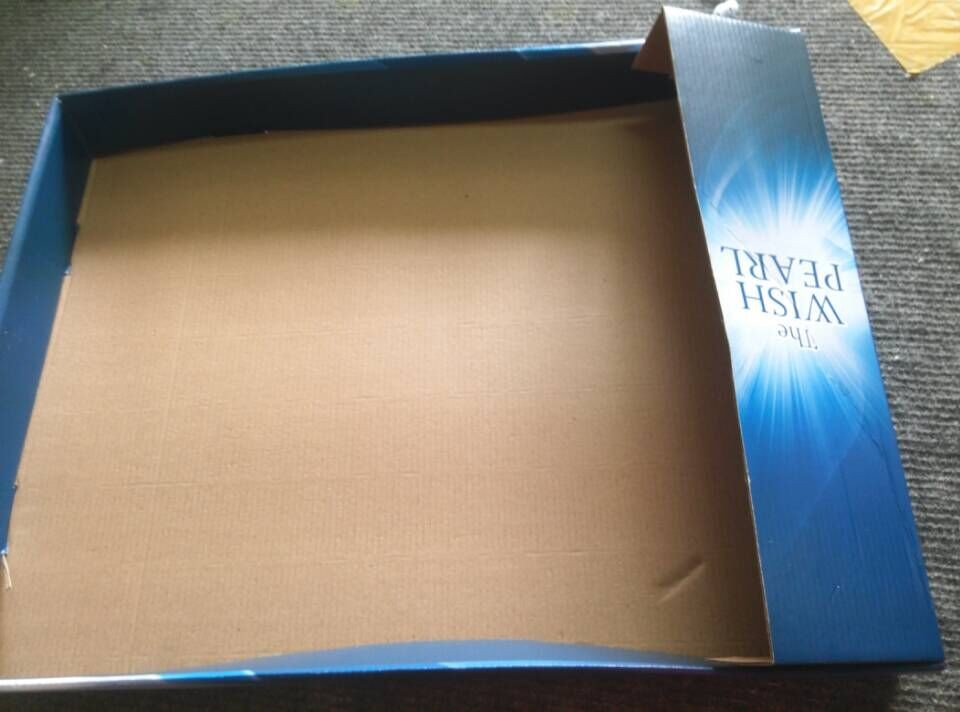 displying box for small box.jpg