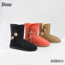 Women fur lined snow boots with side tassels