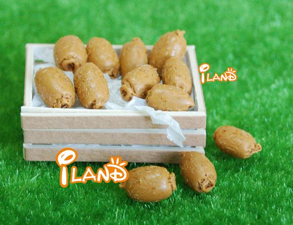 Iland Dollhouse Miniature Fruit Hand 4