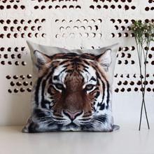 Latest design Multi Print Celebrity animal flowers comfortable Short velvet digital printing cushion cover