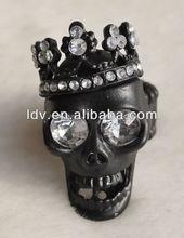 2012 Popular Fashion Rings Black Diamond Skull Head Rings