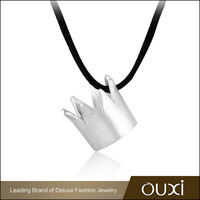 OUXI dignified pure silver crown shaped pendant necklace Y10039