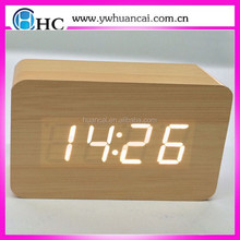 2015 year new concept led wood clock