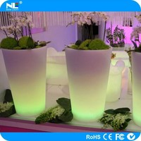 Waterproof outdoor colored plastic LED light up round plant and flower pots