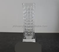 machine pressed Bud Glass vase for wedding and other celebrations