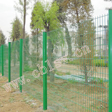 Specialized in Manufacturing and Designing Fence Netting