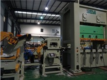 Automatic Sheet Feeder Machine For Car Producing Line