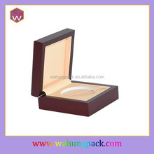 Handmade Glossy Painting Wooden Package Box/ Wooden Gift Box For Medal Coin Hot Sale