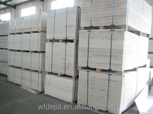 Insulation water resistant sandwich wall panel fiber for Moisture resistant insulation
