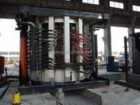Medium Frequency Melting Furnace with Pouring System for Ingot