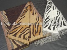 Pure Wool Jacquard Muffler / Unisex Scarf