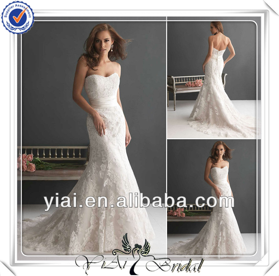 Fq0076 heart shaped sexy low cut mermaid franch lace for Heart shaped mermaid wedding dresses