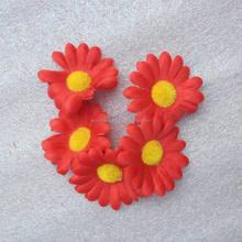 5CM Artificial Silk Fabric Red Daisy Petal Confetti
