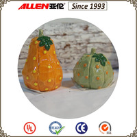 "2.6"" two beautiful ceramic calabash & pumpkin for Thanksgiving decor,cutting woood style"