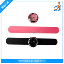 Hot sell silicone custom wristband watch
