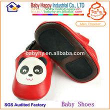 italiano de cuero zapatos de bebé