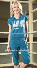 2013 nuevo diseño algodón suave ropa deportiva al por mayor para mujeres en china