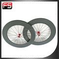 2015 professinal de corrida de carbono peças da bicicleta clincher estrada 700C carbono rodas de bicicleta com 3 K / UD tecer para venda