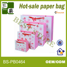Different types of cheap small paper gift bags with handles